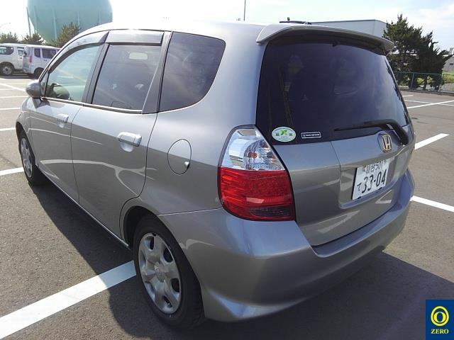 HONDA FIT 2005/07 GD1-2205443