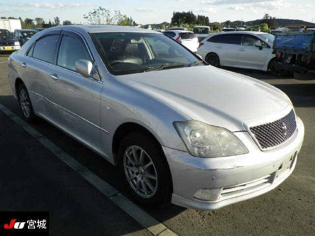 TOYOTA CROWN 2005/05 141026