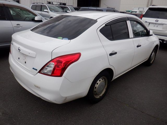 NISSAN LATIO 2014/01 156610