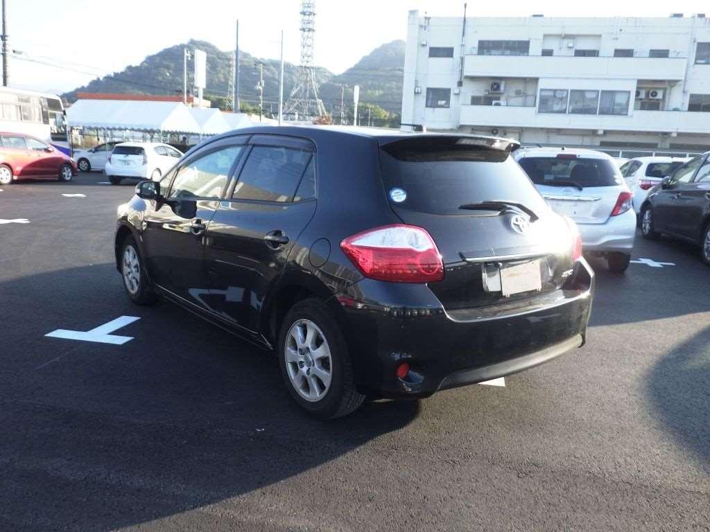 TOYOTA AURIS 2010/05 NZE151-1087679
