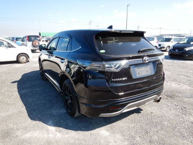 TOYOTA HARRIER 2014/07 ZSU60-0017697