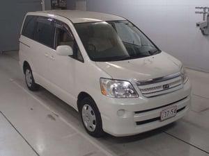 TOYOTA NOAH 2004 AZR60-0332008